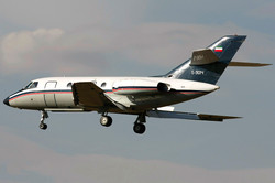 Falcon 20 Flying