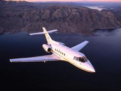 Hawker 700 flying