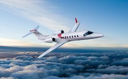 Lear 75 Flying