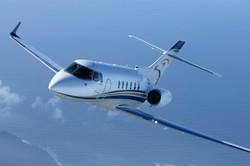 Hawker 800 flying.jpg