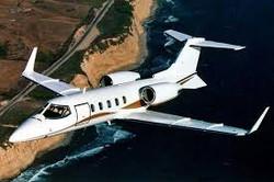 Lear 31 flying.jpg