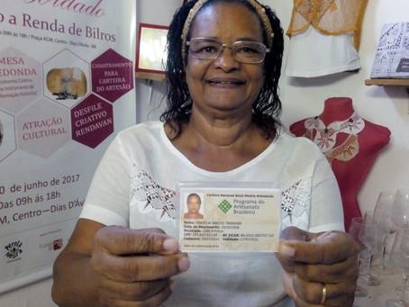 Primeira Mestre Artesã com carteira nacional da Bahia