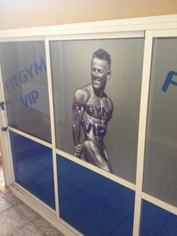 Affichage vitrine salle de sport