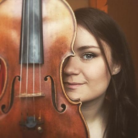 Sigrun Hardardottir violinist