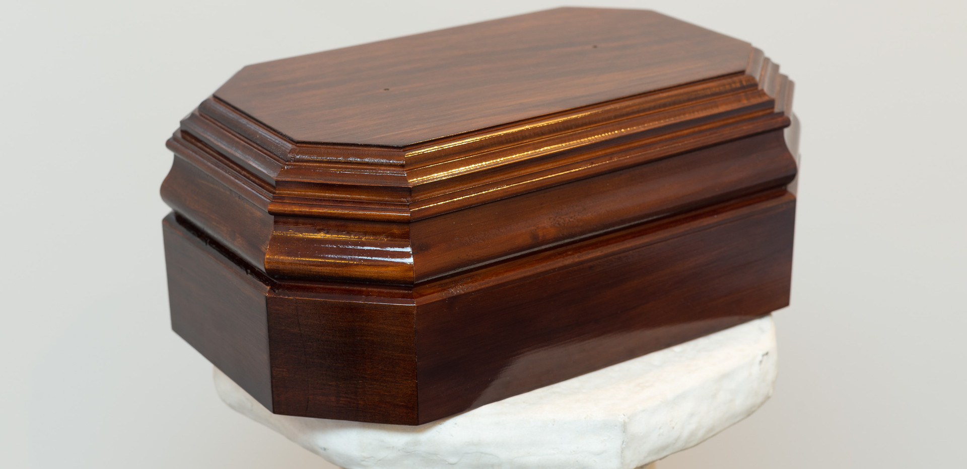 cremation urn 4 shone & shirley.jpg
