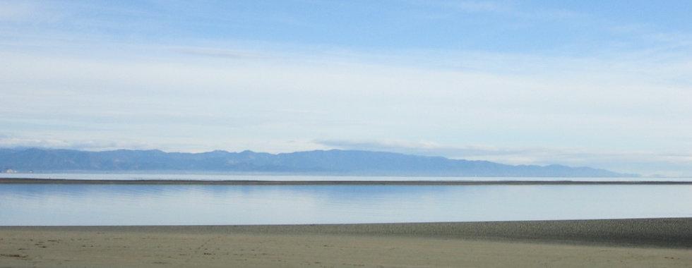 tahuna-beach-nelson-r.jpg