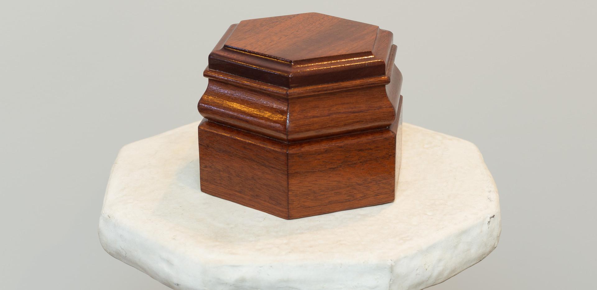 cremation urn 9 shone & shirley.jpg