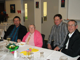 Daph and her boys at 80th.jpg