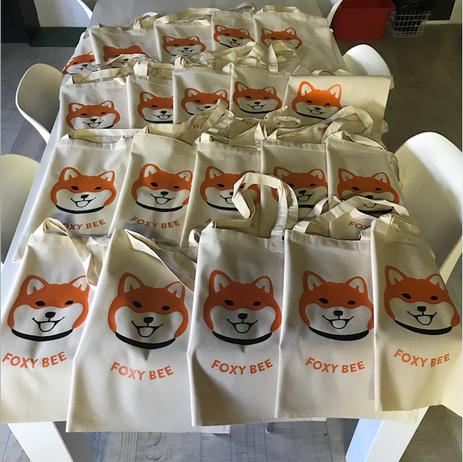 Tasjes voor Kennel Foxy Bee