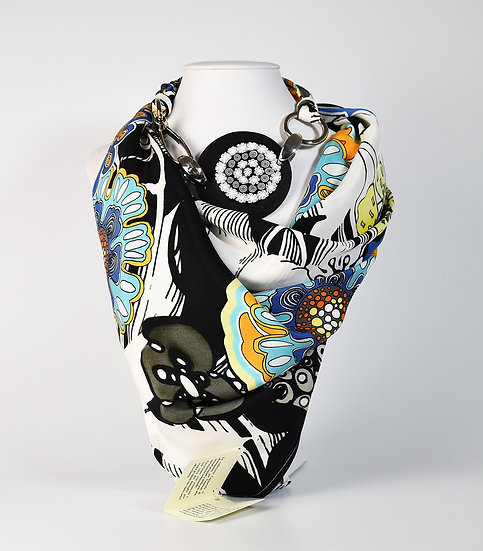 SILK SCARF WITH BLACK AND WHITE PENDANT