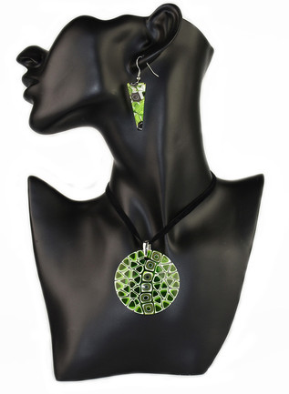 PARURE GREEN MURRINE, TRIANGULAR EARRINGS AND ROUND(5CM) PENDANT