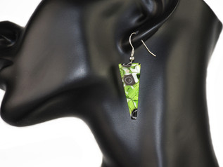 TRIANGULAR  EARRINGS MADE WITH MURRINE, 3.5 CM