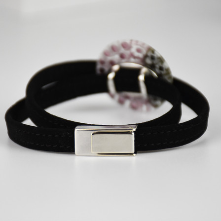 glass bracelet with pendant 3 cm and vel