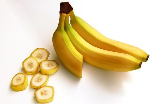 bananas-652497__340
