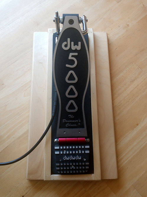 DW 5000 Pedal Support