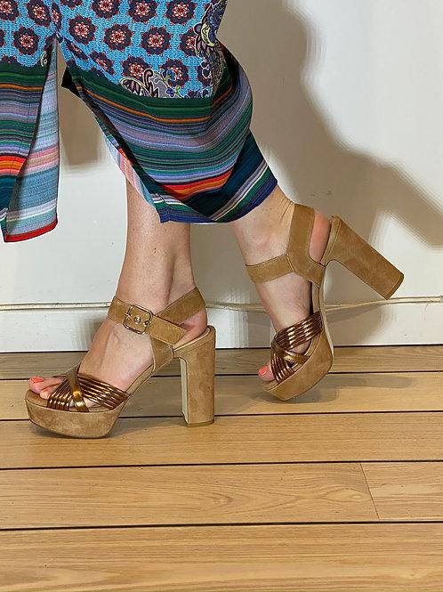 Marian 1974 guld sandal, 30986
