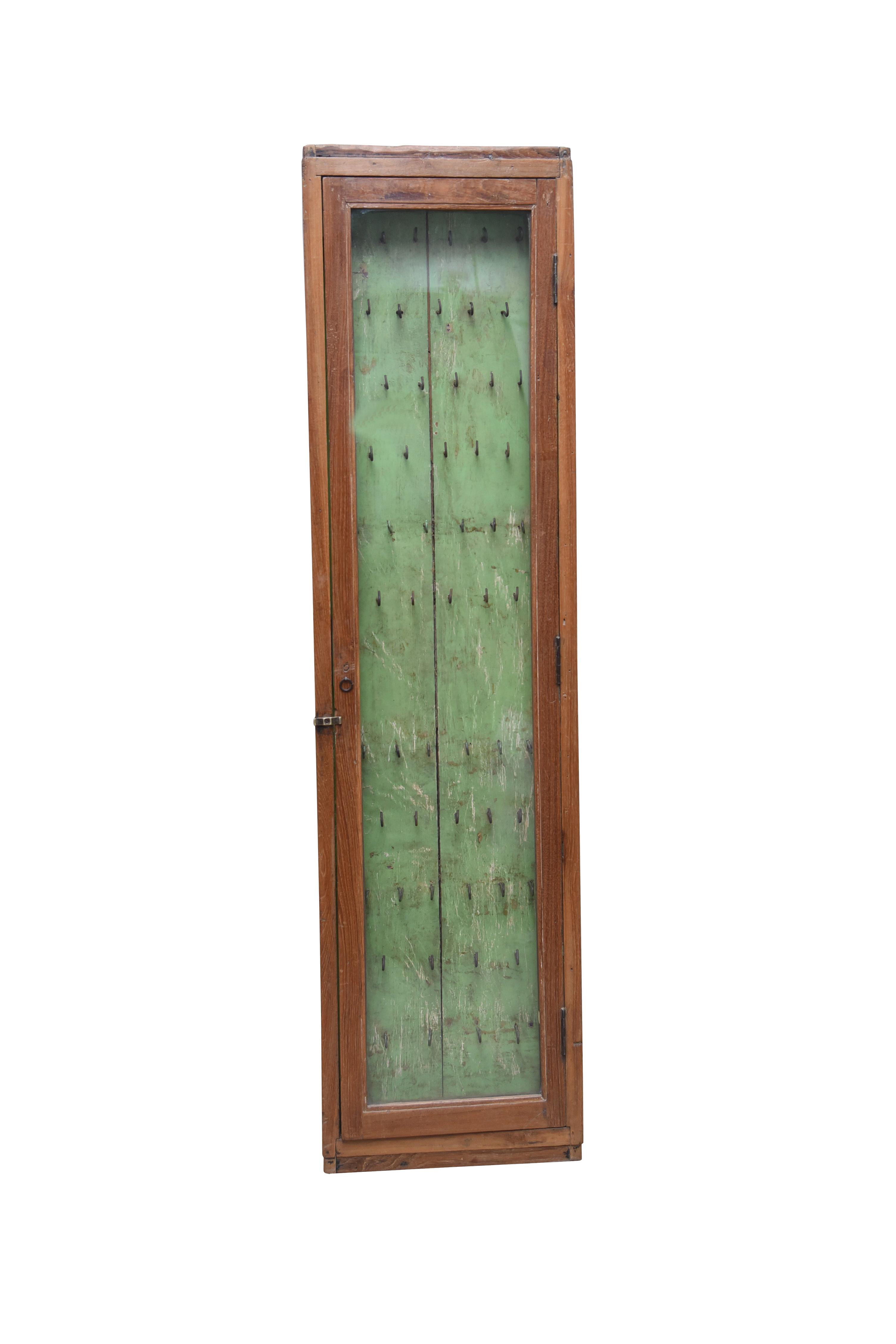 ANJO1803 - 37 x 9 x 142 cm