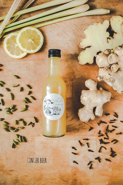 Scharf, säuerlich und ein fantastisch erfrischender Geschmack - Ingwer-Zitronengras-Zitrone Sirup