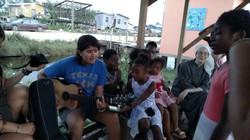 Gabriela singing