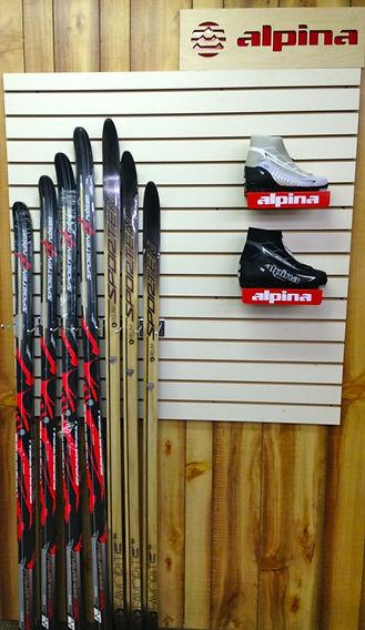 Thrifty Ski Rental ski boots