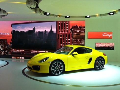 Porsche2_edited.jpg