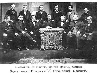 Al cooperativista Robert Owen en su aniversario 250