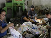 Cooperativas trabajan en la gestión de residuos