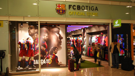 Leaked Barcelona kit for 2022/23 emerges and it is beautiful