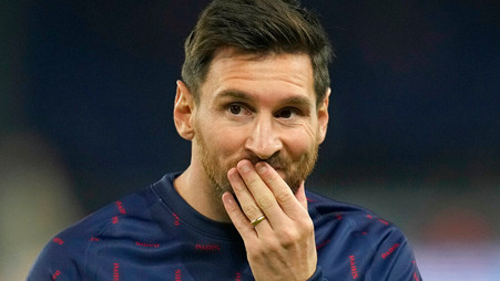I hoped Lionel Messi would offer to play for free, says Barcelona president Joan Laporta