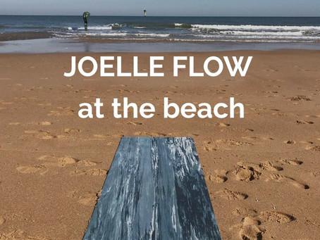 Haal extra energie en vitaliteit uit je yoga practice tijdens een Sun Hatha les op het strand.