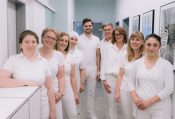 mantsch-zahnarzt-team-rheinbach_edited_e