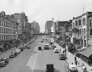 Cityscape of E. 86th Street in 1930s New