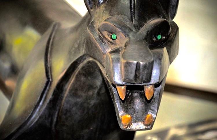Bronze Jaguar Chopard Emeralds