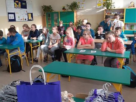 Nasza wolontariuszka w Szkole Podstawowej w Rokietnicy Woli