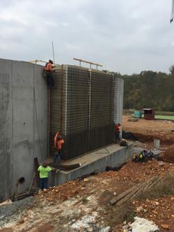 Rebar wall effluent tank