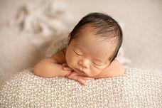 Yudai  Newborn photo--12.jpg