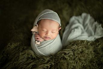 Newborn photo101.jpg