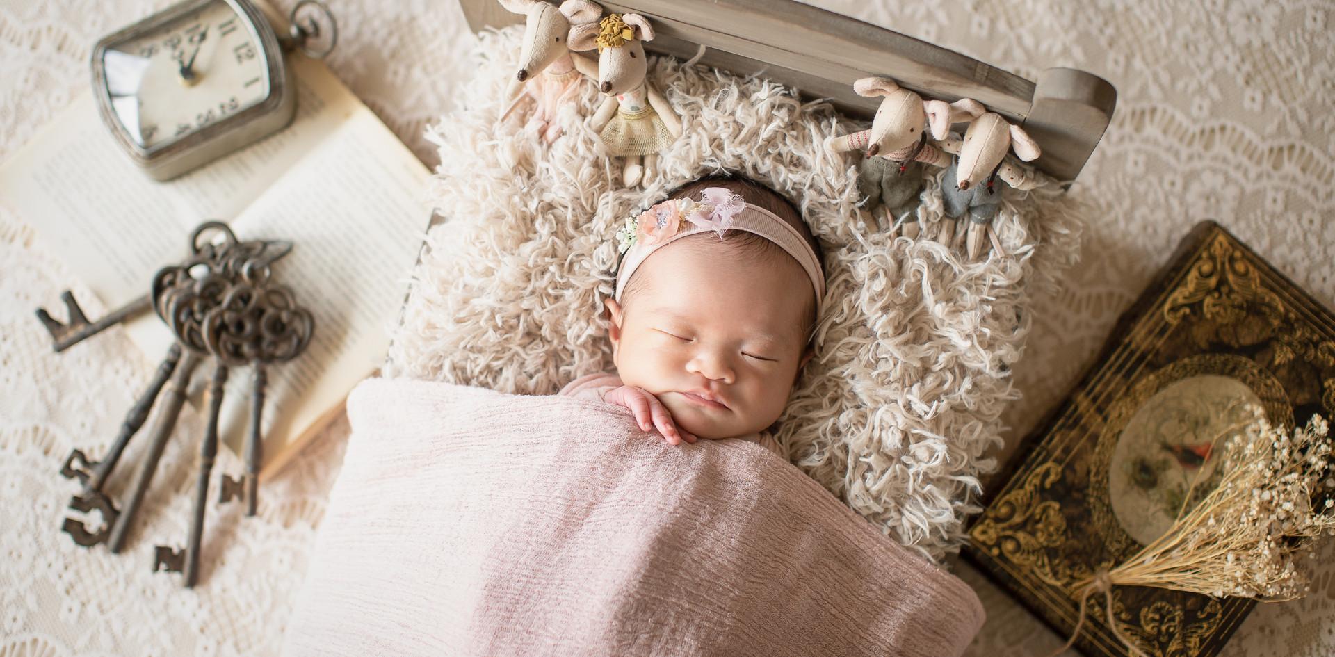 MEISA Newborn photo-6.jpg