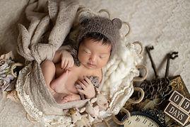 Newborn photo-105.jpg