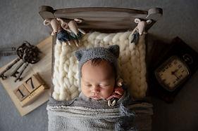Riley Newborn photo12.jpg