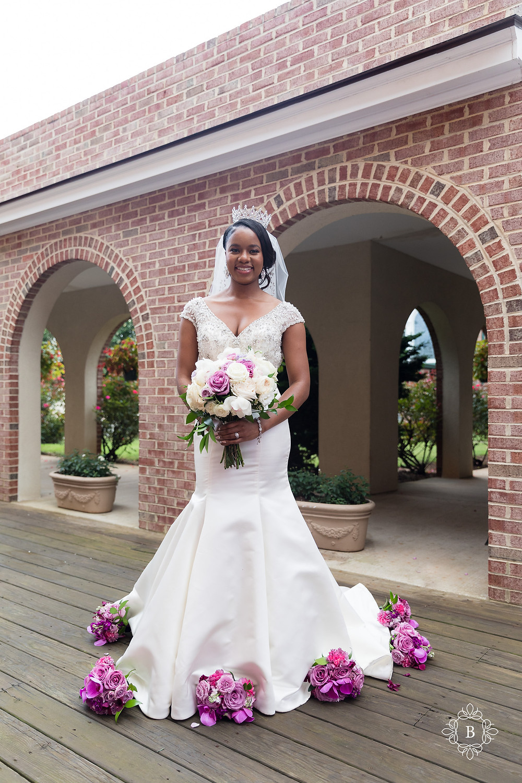 Northern Virginia Culpeper Center and Suites wedding party portraits bridal portrait bouquet