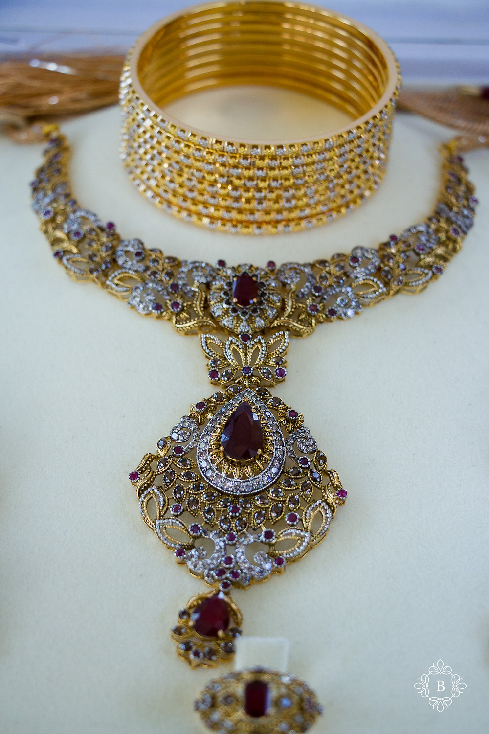 Northern Virginia Desi South Asian wedding bridal details necklace and bangles