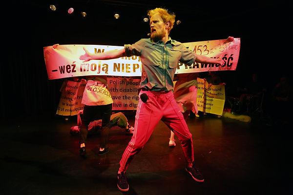 B3 Revolution That Never Was There - Grzegorz Press - photo-00010.jpg