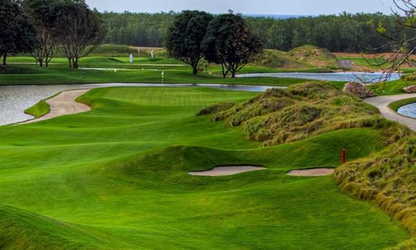 golf-roatan-762x459.jpg