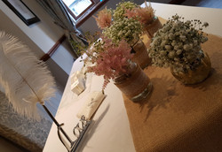 Ceremony Table with Woo B Woo Flower