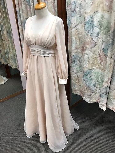 'Nora' Vintage Bohemian Chiffon Wedding Gown