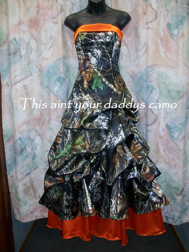 Pamela Rae Camo Pick up Prom/Wedding Dress