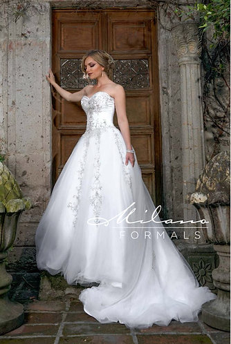 Tulle Ballgown with Sweetheart Neck and Beaded Applique