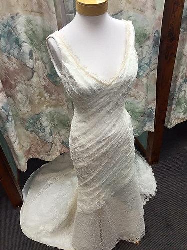 'Roslyn' Lace Mermaid Wedding gown