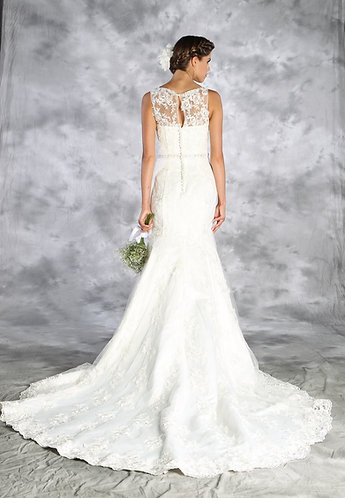 Sleeveless Lace Trumpet Gown